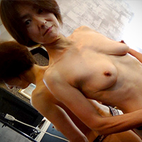 Yoko Kuri...