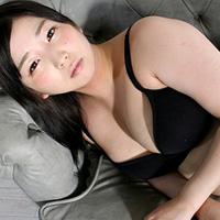 Yuna Kuro...